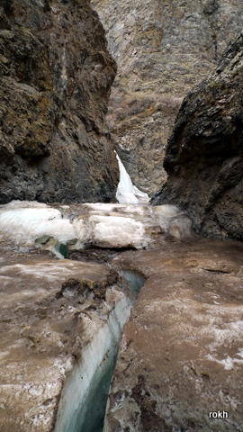 Ice Trekking and Frozen Waterfalls @ Yolyn Am, Mongolia